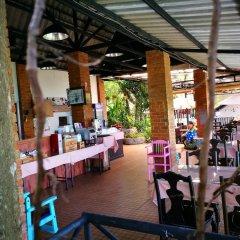 Отель On The Hill Karon Resort питание фото 2