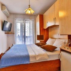 Отель Villa Dvor Kornic Черногория, Будва - отзывы, цены и фото номеров - забронировать отель Villa Dvor Kornic онлайн комната для гостей фото 4