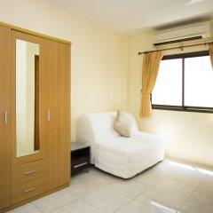 Отель Corrib Village No.11 Паттайя комната для гостей