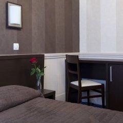 Отель Ribera Eiffel Франция, Париж - отзывы, цены и фото номеров - забронировать отель Ribera Eiffel онлайн сейф в номере