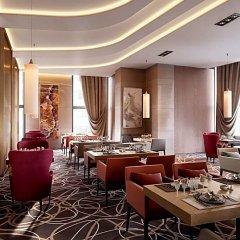 Гостиница DoubleTree by Hilton Almaty интерьер отеля