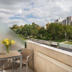 Отель NH Lisboa Campo Grande балкон