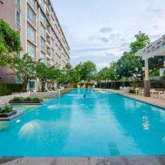 Отель Baan Peang Ploen by Vee бассейн фото 7