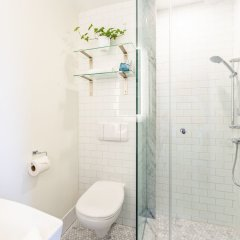 Отель Gladstone Hotel Канада, Торонто - отзывы, цены и фото номеров - забронировать отель Gladstone Hotel онлайн ванная фото 2