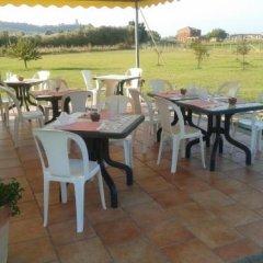 Отель Country House Casale D'orio Казаль-Велино питание