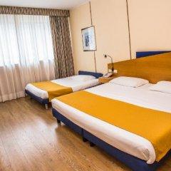 Отель Express Поллейн сейф в номере