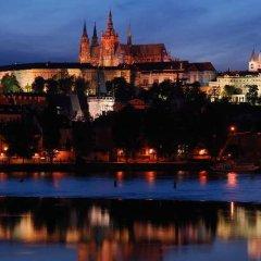Отель U Tri Bubnu Прага приотельная территория