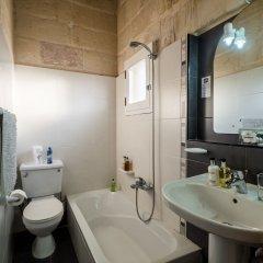 Отель Julesys BnB Мальта, Гранд-Харбор - отзывы, цены и фото номеров - забронировать отель Julesys BnB онлайн ванная фото 2