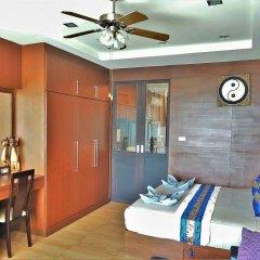 Отель Sea and Sky 2 Karon Beach by PHR комната для гостей