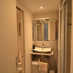 Отель MyNice Mont Boron Франция, Ницца - отзывы, цены и фото номеров - забронировать отель MyNice Mont Boron онлайн ванная