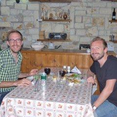 Отель Lorenc Pushi Guesthouse Албания, Берат - отзывы, цены и фото номеров - забронировать отель Lorenc Pushi Guesthouse онлайн бассейн