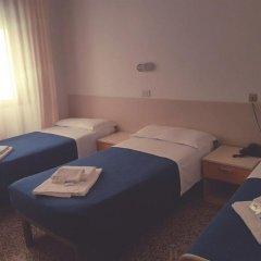Отель ASSO Римини комната для гостей фото 2
