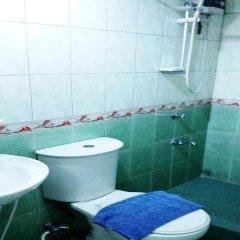 Отель Casa Nicarosa Hotel and Residences Филиппины, Манила - отзывы, цены и фото номеров - забронировать отель Casa Nicarosa Hotel and Residences онлайн ванная