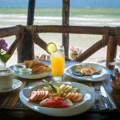 Отель Beachfront Hotel La Palapa - Adults Only Мексика, Остров Ольбокс - отзывы, цены и фото номеров - забронировать отель Beachfront Hotel La Palapa - Adults Only онлайн питание фото 2