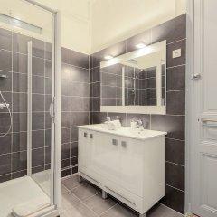 Отель Residence Michel Ange Франция, Канны - отзывы, цены и фото номеров - забронировать отель Residence Michel Ange онлайн ванная