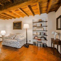 Отель Sant'Ambrogio Charme развлечения
