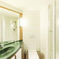 Отель ibis Hotel Düsseldorf Hauptbahnhof Германия, Дюссельдорф - 3 отзыва об отеле, цены и фото номеров - забронировать отель ibis Hotel Düsseldorf Hauptbahnhof онлайн ванная фото 2