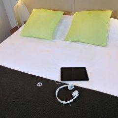 Отель Campanile Lyon Est - Aéroport Saint Exupéry комната для гостей фото 2