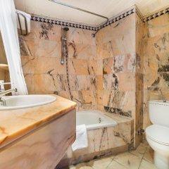 Отель Globales Palmanova Palace ванная фото 2