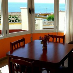 Отель Apartamentos Famara Испания, Льорет-де-Мар - отзывы, цены и фото номеров - забронировать отель Apartamentos Famara онлайн комната для гостей фото 2