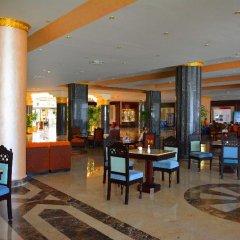 Отель Hawaii Riviera Club Aqua Park Resort - Families and Couples only интерьер отеля фото 3