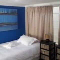 Отель 10 Cadoza BnB комната для гостей