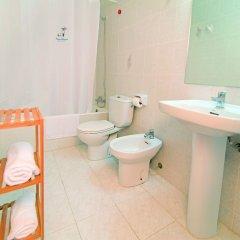 Отель Apartamentos Mar Blanca ванная