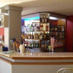 Отель Shipka Beach Болгария, Солнечный берег - отзывы, цены и фото номеров - забронировать отель Shipka Beach онлайн гостиничный бар