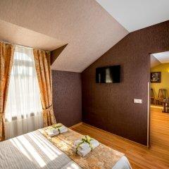 Hotel & SPA Restaurant Pysanka Львов сейф в номере