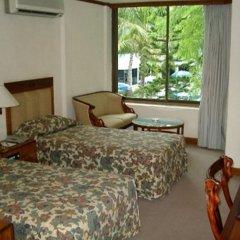 Отель Mandalay Swan комната для гостей