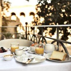 Отель The Shire Hotel Италия, Рим - 1 отзыв об отеле, цены и фото номеров - забронировать отель The Shire Hotel онлайн балкон