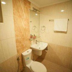 Отель City Grand Мале ванная фото 2