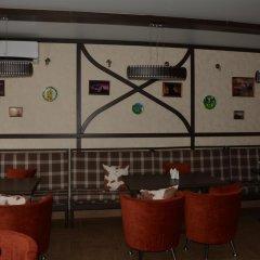 Гостиница Гостиничный Комплекс Алиса в Рубцовске отзывы, цены и фото номеров - забронировать гостиницу Гостиничный Комплекс Алиса онлайн Рубцовск гостиничный бар