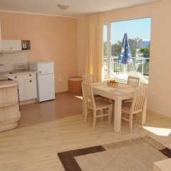 Отель Yassen Holiday Village в номере