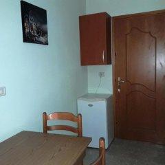 Отель Tani's Guesthouse Албания, Ксамил - отзывы, цены и фото номеров - забронировать отель Tani's Guesthouse онлайн удобства в номере