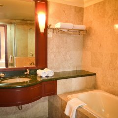 Отель Luxury Apartment at Time Square Малайзия, Куала-Лумпур - отзывы, цены и фото номеров - забронировать отель Luxury Apartment at Time Square онлайн ванная фото 2