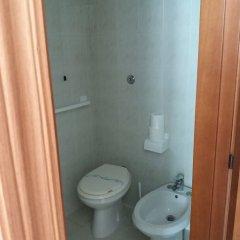 Отель Domus Pacis Loreto - Casa per ferie Италия, Лорето - отзывы, цены и фото номеров - забронировать отель Domus Pacis Loreto - Casa per ferie онлайн ванная фото 2