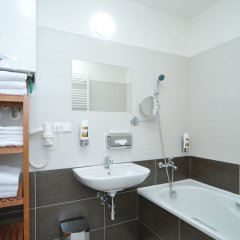 Апартаменты Apartment house Anenská ванная