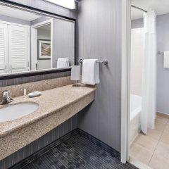 Отель Courtyard by Marriott Washington Capitol Hill/Navy Yard США, Вашингтон - отзывы, цены и фото номеров - забронировать отель Courtyard by Marriott Washington Capitol Hill/Navy Yard онлайн ванная