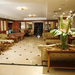 Lares Park Hotel интерьер отеля