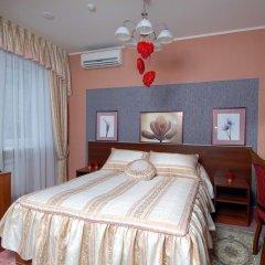 Гостиница La Vie de Chateau в Оренбурге 1 отзыв об отеле, цены и фото номеров - забронировать гостиницу La Vie de Chateau онлайн Оренбург комната для гостей фото 3
