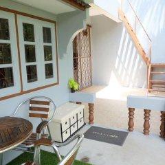 Отель Krabi Host Family - Hostel Таиланд, Краби - отзывы, цены и фото номеров - забронировать отель Krabi Host Family - Hostel онлайн балкон