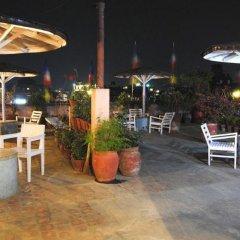 Отель Potala Guest House Непал, Катманду - отзывы, цены и фото номеров - забронировать отель Potala Guest House онлайн бассейн