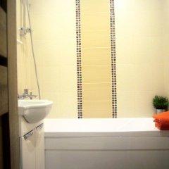 Гостиница Lakshmi 1905 Apartment в Москве отзывы, цены и фото номеров - забронировать гостиницу Lakshmi 1905 Apartment онлайн Москва ванная