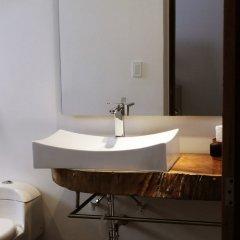 Отель C&M - Carne y Maduro Колумбия, Кали - отзывы, цены и фото номеров - забронировать отель C&M - Carne y Maduro онлайн ванная