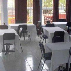 Отель Tropical Court Resort Near Montego Bay Airport питание