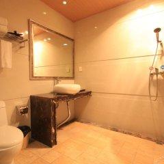 Отель Zilaixuan Hotel Китай, Чжуншань - отзывы, цены и фото номеров - забронировать отель Zilaixuan Hotel онлайн ванная фото 2
