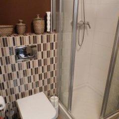 Отель Studio Emmanuelle Франция, Ницца - отзывы, цены и фото номеров - забронировать отель Studio Emmanuelle онлайн ванная