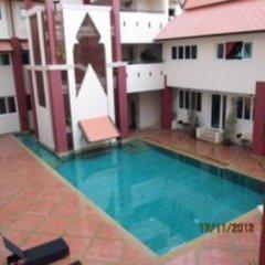 Отель Rm Wiwat Apartment Таиланд, Паттайя - отзывы, цены и фото номеров - забронировать отель Rm Wiwat Apartment онлайн бассейн фото 2