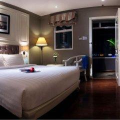 Silverland Jolie Hotel & Spa сейф в номере